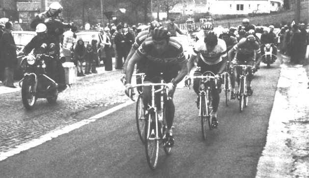 Merckx leads world champion Freddy Maertens in pursuit of  Hinault and Dierickx.